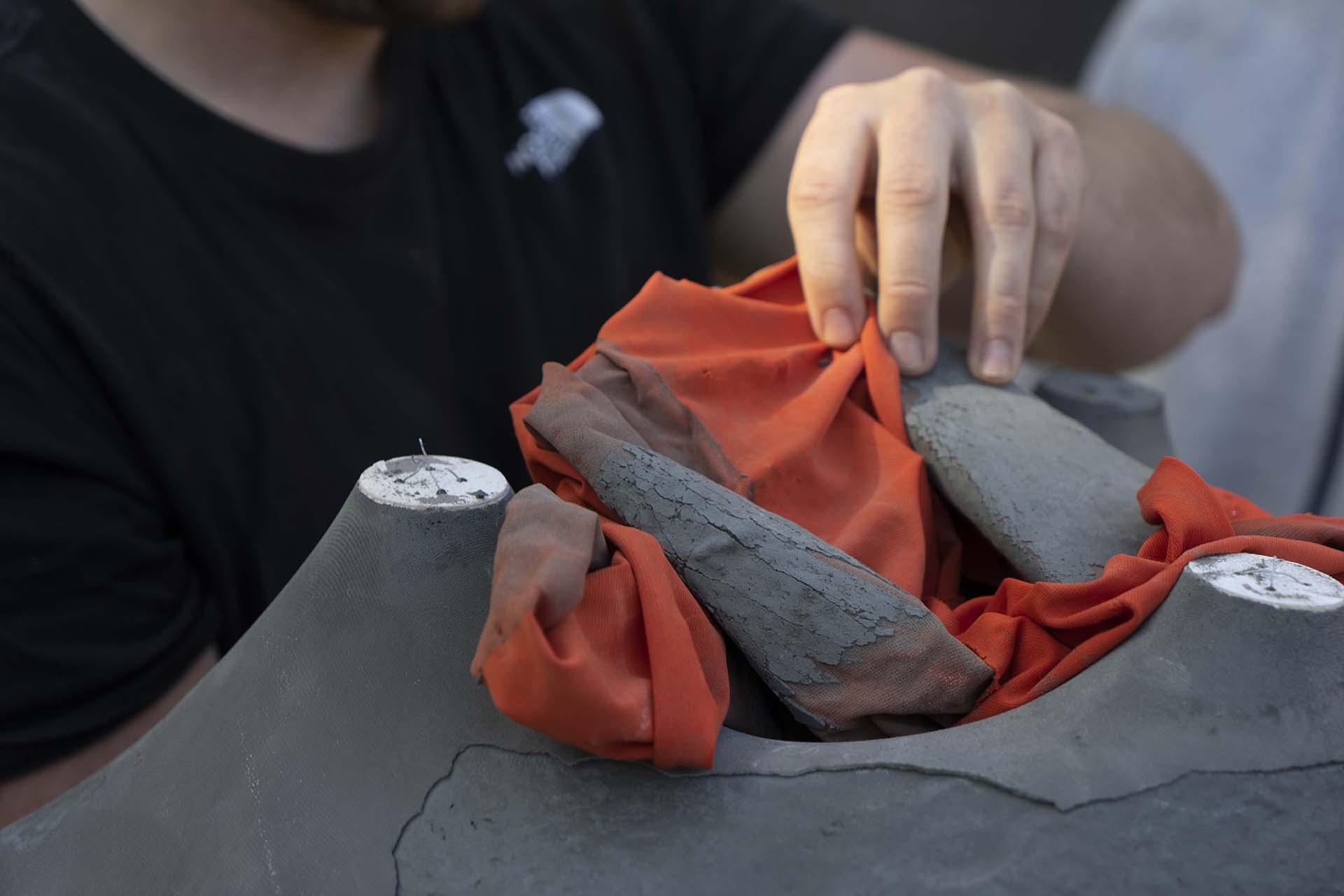 Entfernen der textilen Schalung